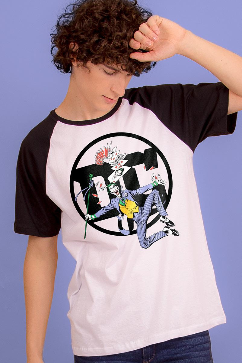 Camiseta Raglan Masculina Logo DC Coringa