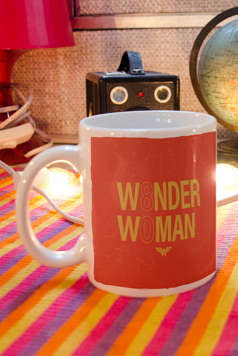 Caneca Mulher Maravilha Believe In Wonder