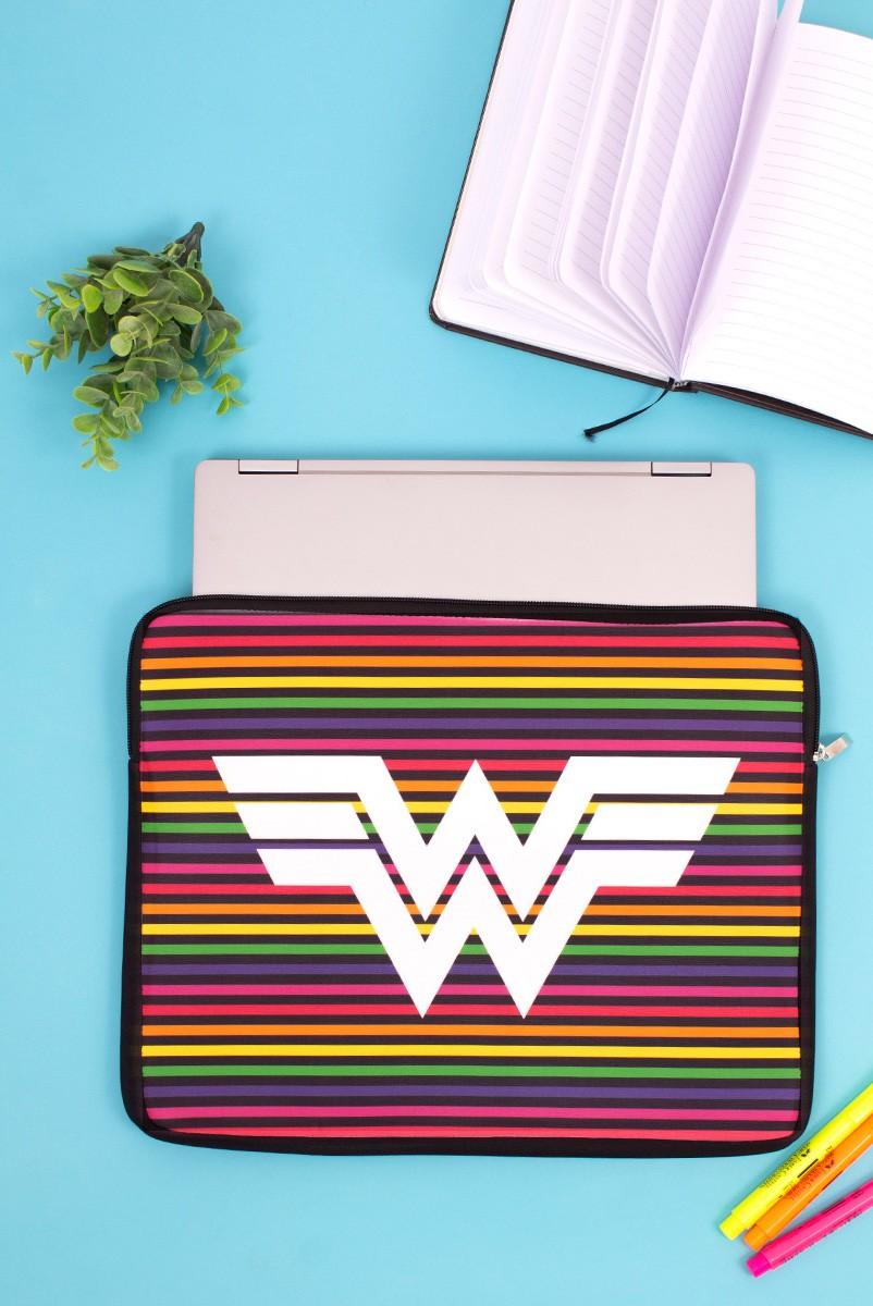 Capa de Notebook Wonder Woman 84 Logo