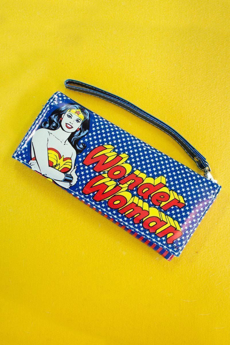 Carteira com Alça Wonder Woman Star Smile