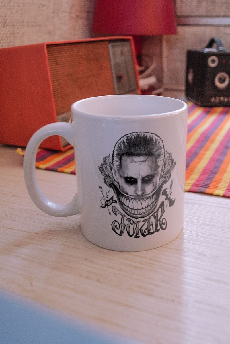 Caneca Esquadrão Suicida The Joker Damaged