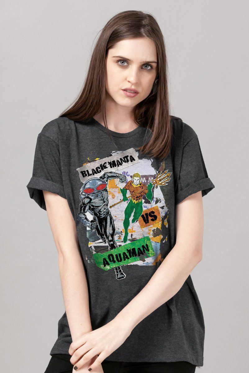 T-shirt Feminina Aquaman VS Black Manta