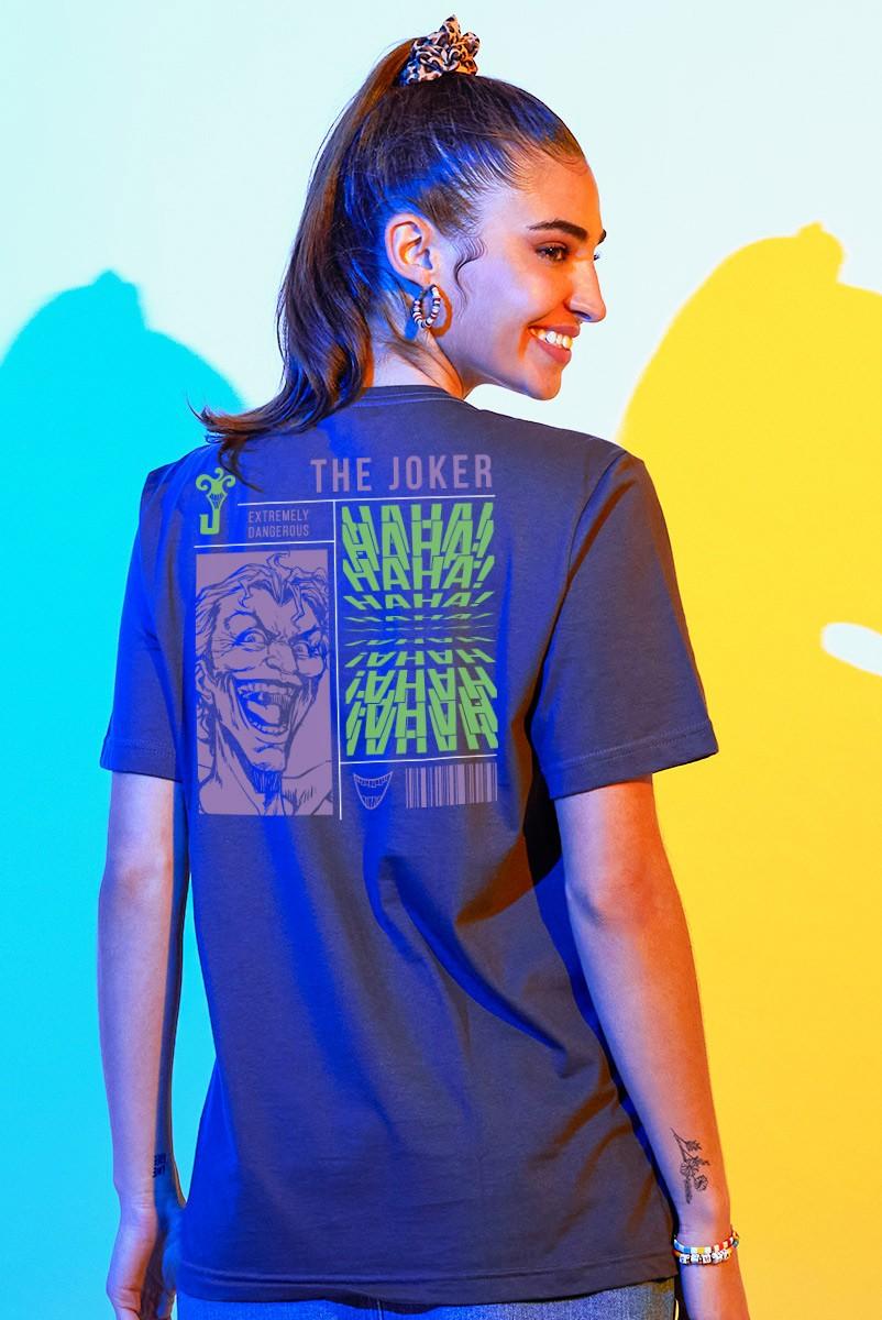 T-shirt Feminina Coringa Extremely Dangerous