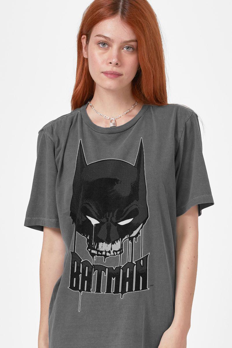 T-shirt Premium Feminina Batman Caveira