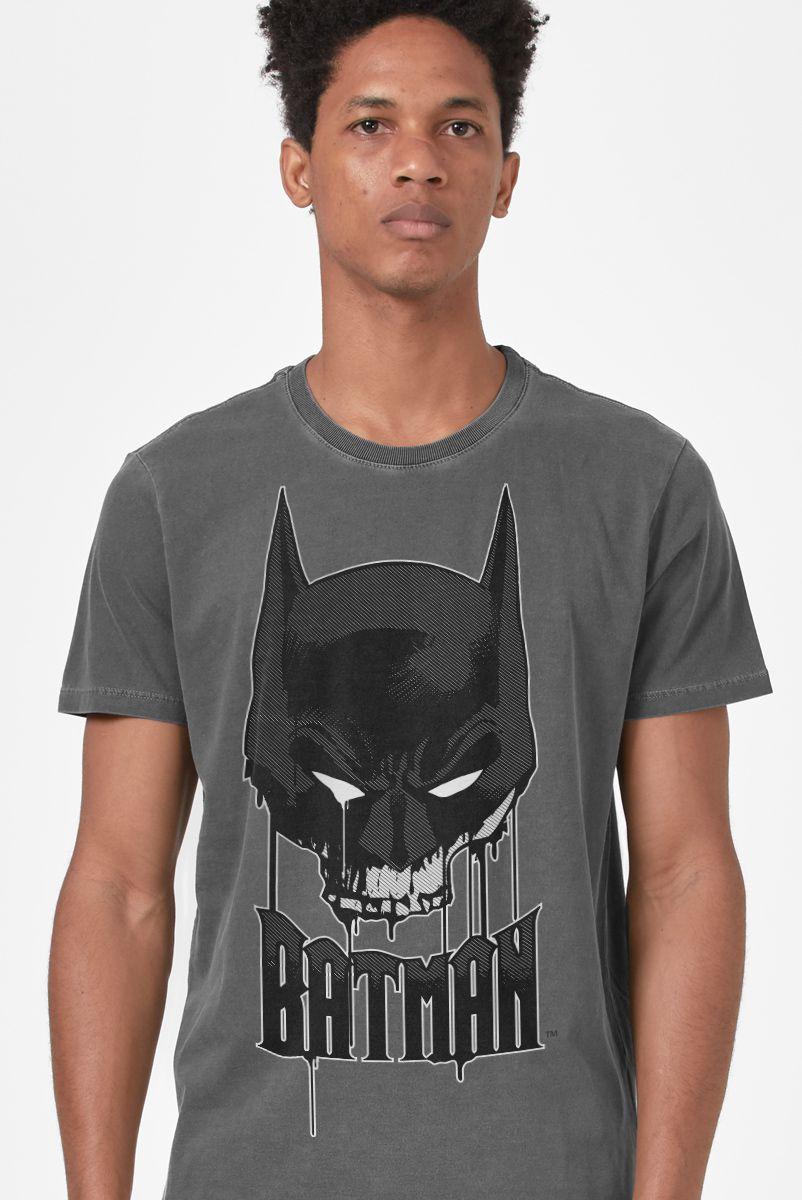 T-shirt Premium Masculina Batman Caveira