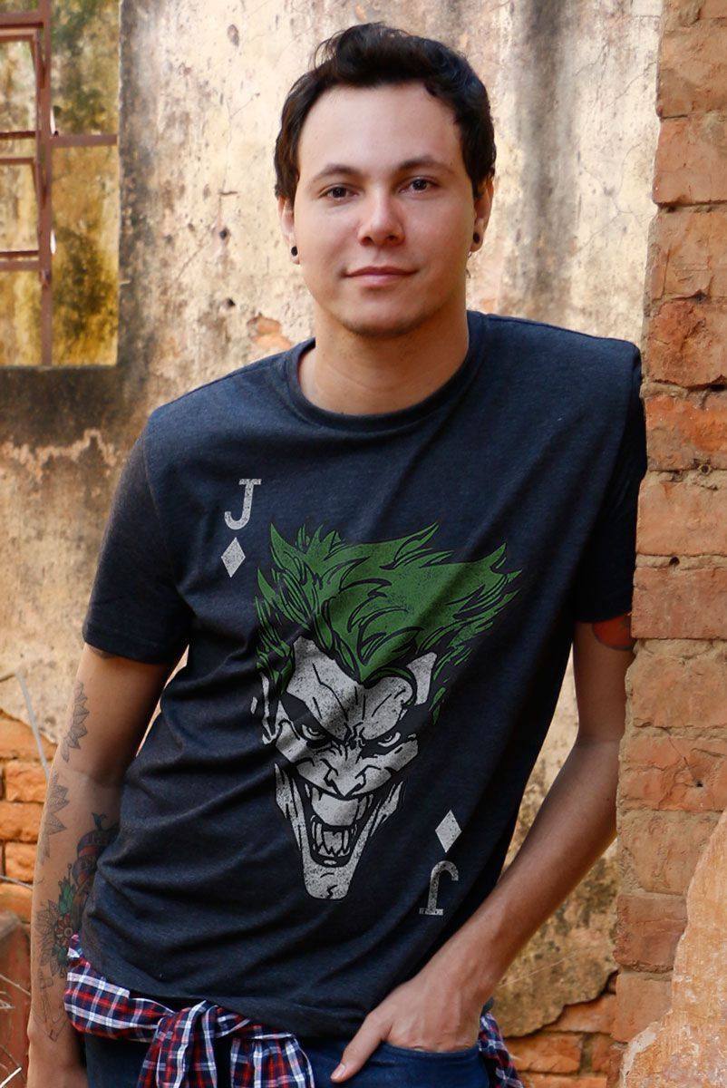 T-shirt Premium Masculina Coringa Card ME