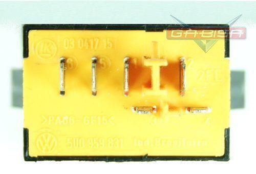 Botão Interruptor De Abertura Do Porta Malas do Painel 5u0959831 Vw Voyage Gol Voyage G5 08 09 010 011 012