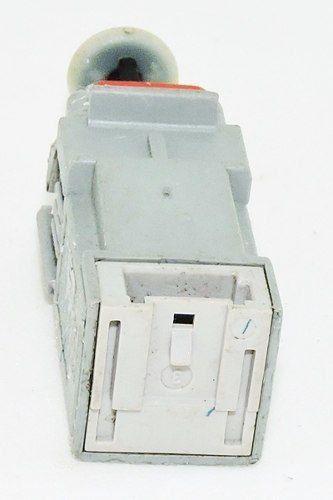 Interruptor Sensor 13299720 366172505 55701398 Corsa Astra