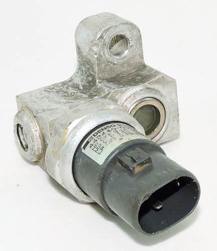 Sensor De Pressão Pressostato do Ar Condicionado Toyota Corolla 2003 2007 4434400050 Denso R134a