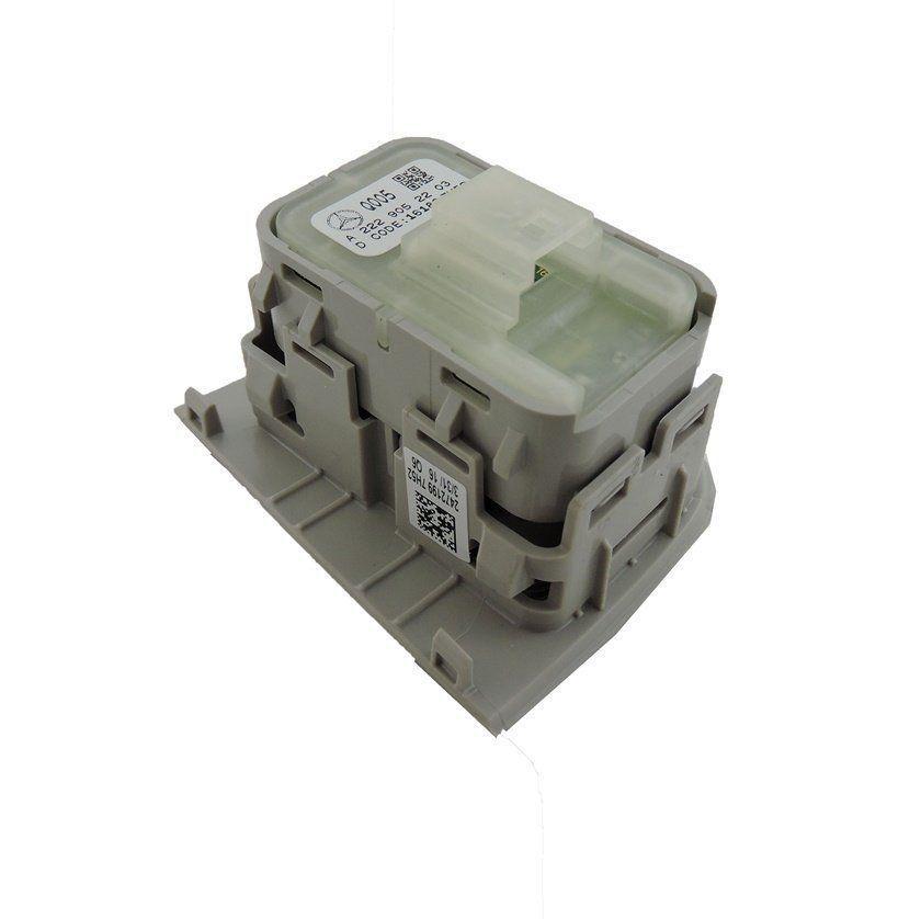 Botão D Vidro Elet Traseiro Direito Mercedes C180 015 017
