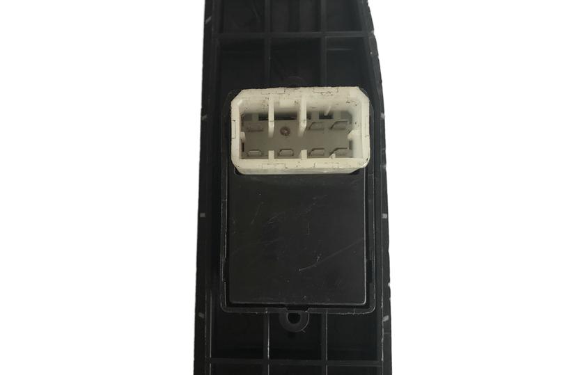 Mazda Mx3 92 96 Botão D Vidro Eletrico Direito Com Moldura