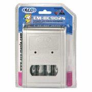 Carregador de Pilhas AA/AAA e Bateria 9V EM-BC902S Bivolt (Acompanha 4 pilhas AA 2500mAh) - Eco Mania