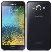 Smartphone Galaxy E5 Duos E500M, Proc Quad Core, Android 4.4, Tela Amoled HD 5, 16GB, Câm 8MP, 4G, Dual Chip Preto - Samsung