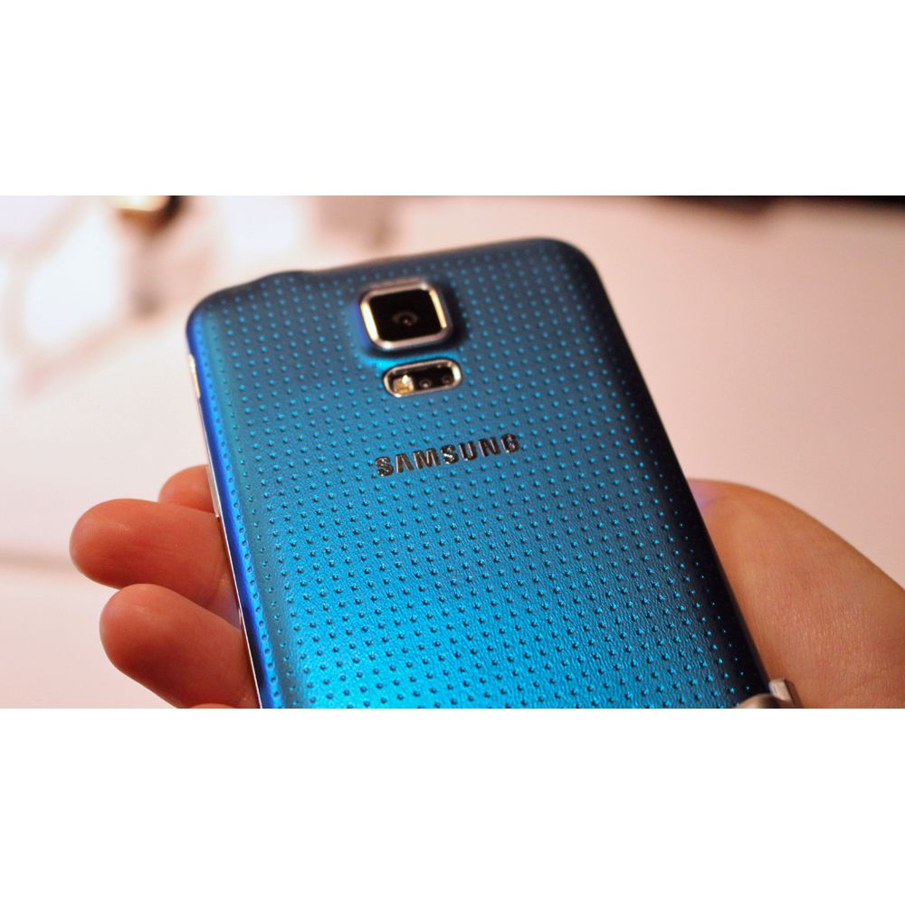 Smartphone Galaxy S5 com Android 4.4, Dual Chip, Quad Core 2.5 Ghz e Câmera de 16 MP com Flash Azul LED G900MD - Samsung