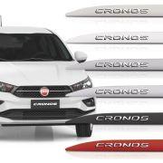 Friso Lateral Fiat Cronos Com Nome Alto Relevo Cromado 2017 18 19