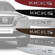 Friso Lateral Nissan Kicks Com Nome Alto Relevo Cromado 2017 18 19