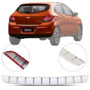Protetor de Porta Malas Cromado Flash Chevrolet Onix 2012 13 14 15 16 17 18 19