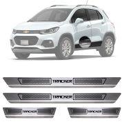 Soleira de Aço Inox Escovado Chevrolet Tracker 4 Portas 2013 14 15 16 17 18 19