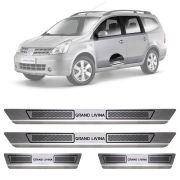 Soleira de Aço Inox Escovado Nissan Grand Livina 4 Portas 2010 11 12 13 14 15
