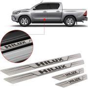 Soleira de Aço Inox Escovado Reta Toyota Hilux 2013 14 15 16 17 18