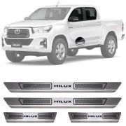 Soleira de Aço Inox Escovado Toyota Hilux Cabine Dupla 4 Portas 2012 13 14 15 16 17 18 19