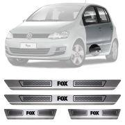 Soleira de Aço Inox Escovado Volkswagen Fox 4 Portas 2003 04 05 06 07 08 09 10 11 12 13 14 15 16 17 18