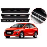 Soleira Sofisticar Resinada Com Blackout Chevrolet Onix 2012 Até 2021 8 Peças