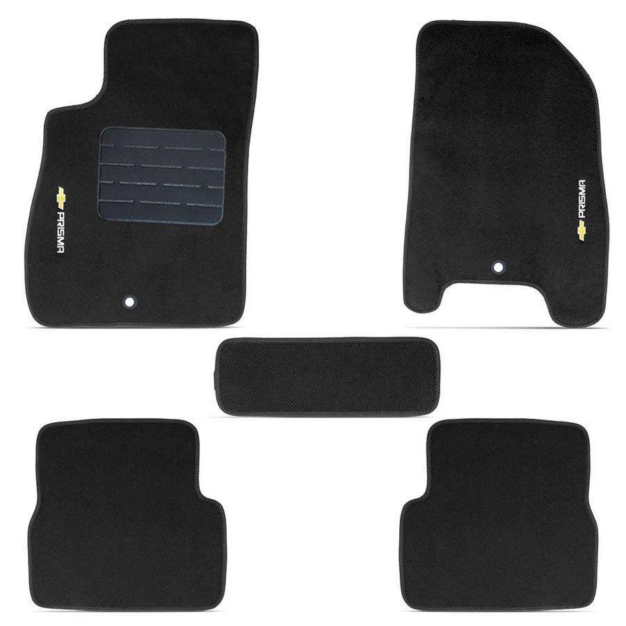 Jogo de Tapete Carpete Tevic Pinado Chevrolet Prisma 2018 19 Impermeável Lavável Logo Bordado 5 Peças