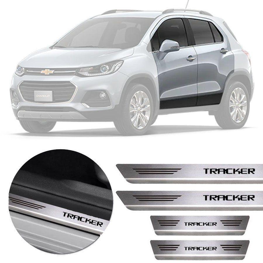 Soleira de Aço Inox Premium Escovado Chevrolet Tracker 2013 14 15 16 17 18 19