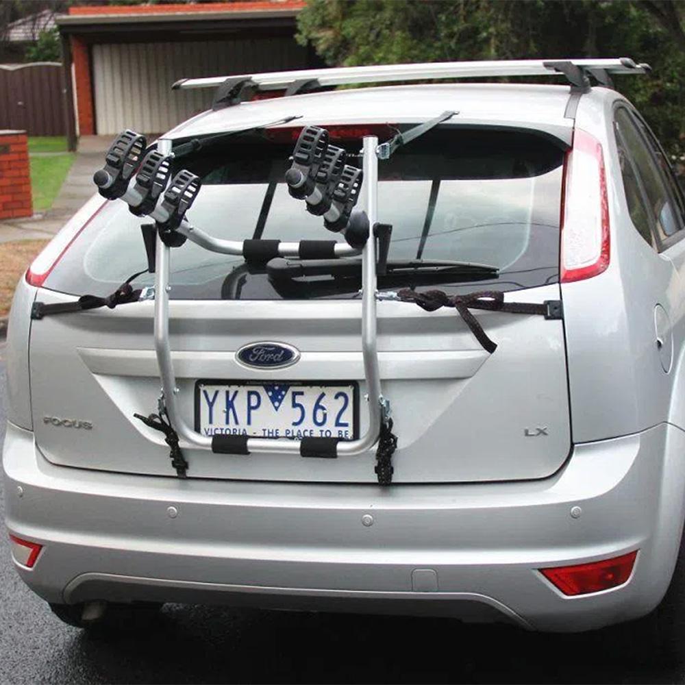 Transbike Atrio para 3 bicicletas com borrachas de fixação.