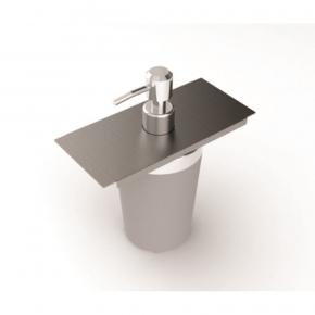 Dispenser para Detergente 7,5cm em Inox para Calha Úmida Xteel