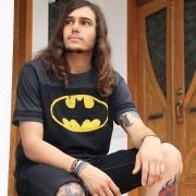 Camiseta Masculina Bicolor Athletic Batman Logo