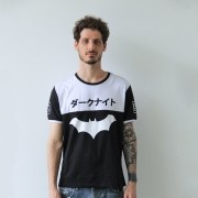 Camiseta Masculina Bicolor Batman Japan