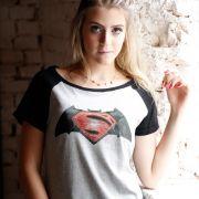 Camiseta Raglan Feminina Batman VS Superman Logo