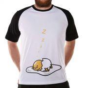 Camiseta Raglan Masculina Gudetama Cochilo