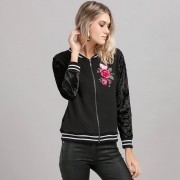 Jaqueta Bomber Hello Kitty Flowery Heart