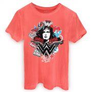 T-shirt Premium Masculina Wonder Woman She´s a Threat