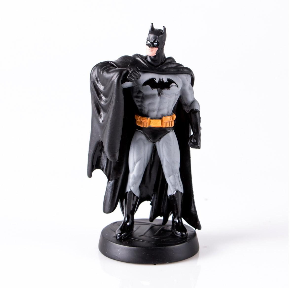 Boneco Miniatura Batman + Revista
