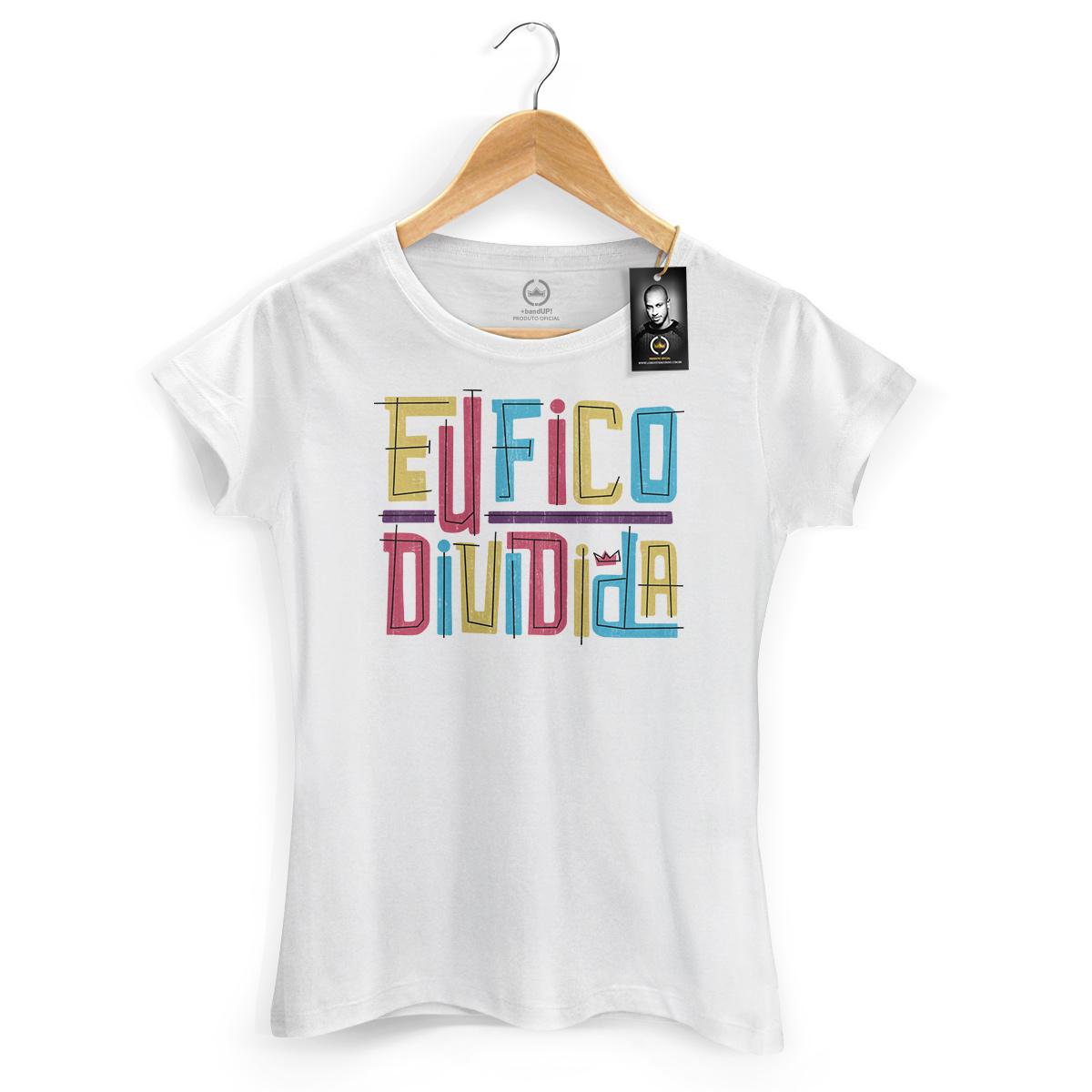 Camiseta Feminina Thiaguinho Eu Fico Dividida Colors