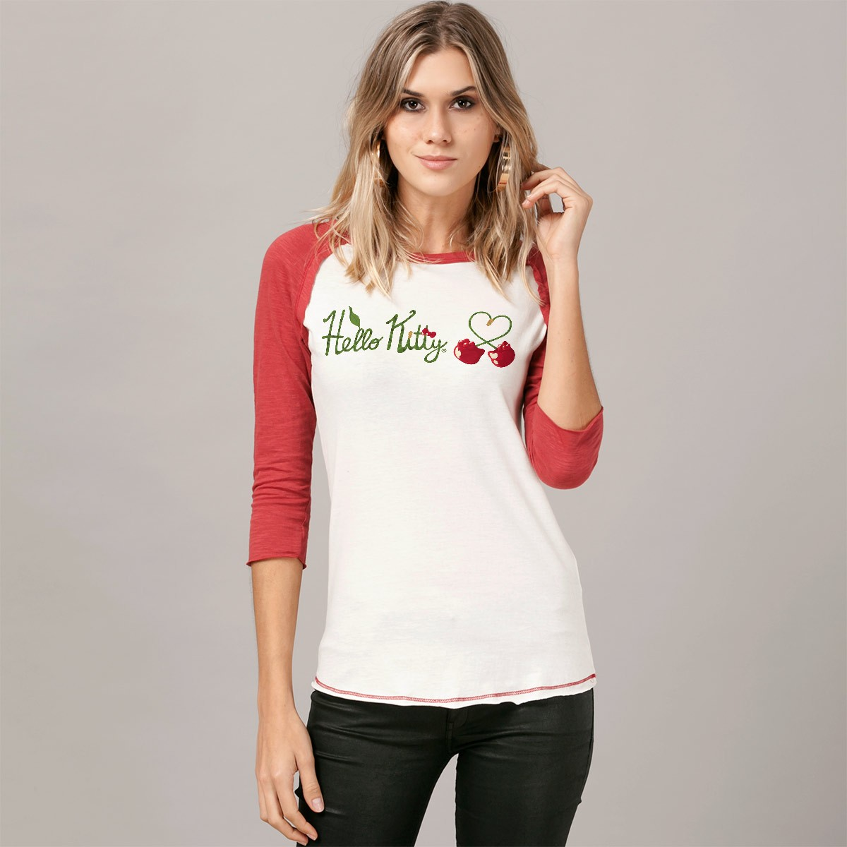 Camiseta Manga Longa Feminina Hello Kitty Love Cherry