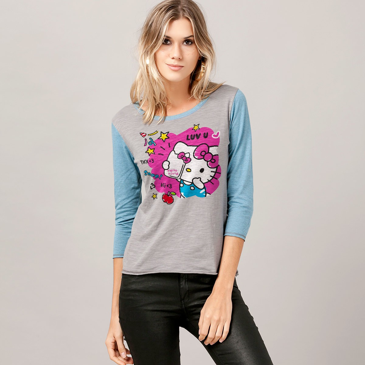 Camiseta Manga Longa Feminina Hello Kitty Snap