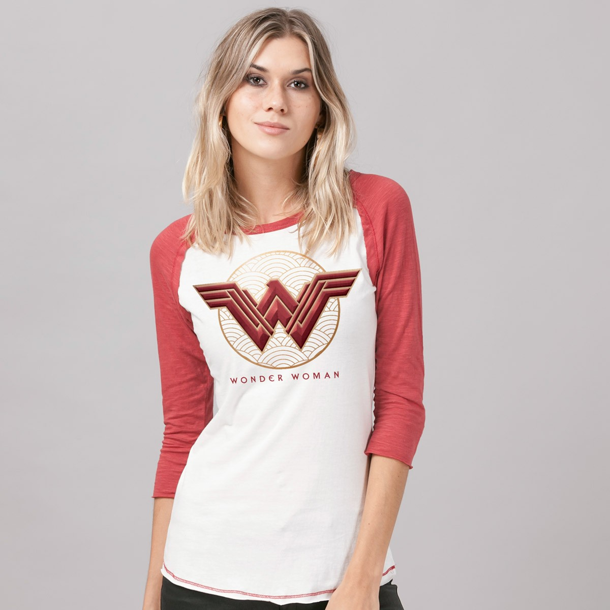 Camiseta Manga Longa Feminina Wonder Woman Movie Logo Red