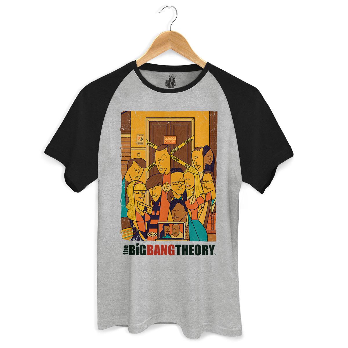 Camiseta Raglan Premium Masculina The Big Bang Theory Poster