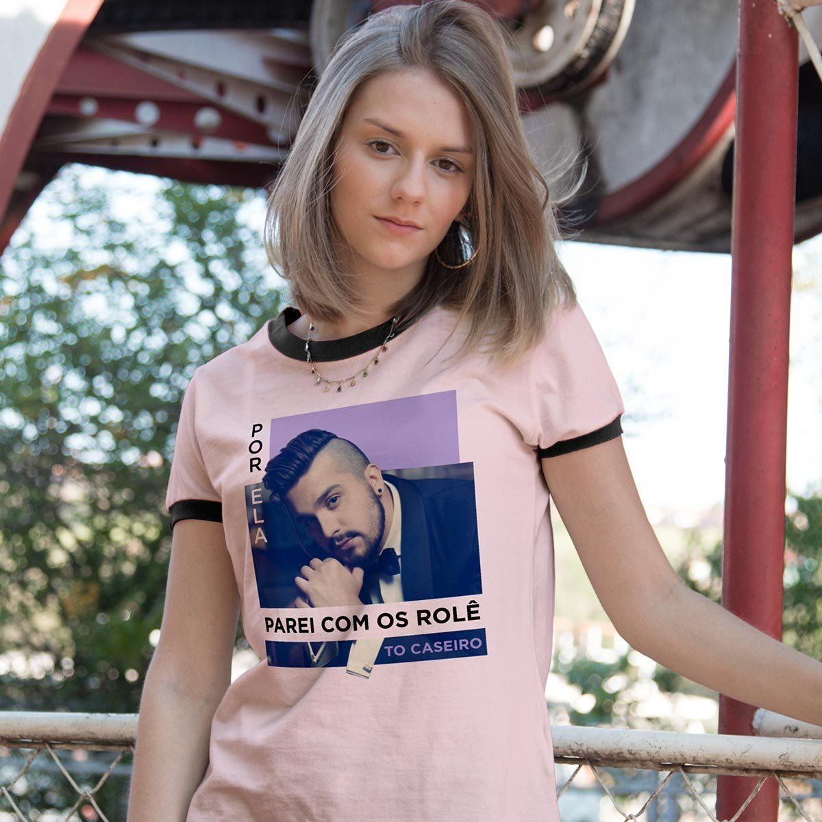 Camiseta Ringer Feminina Luan Santana Tô Caseiro