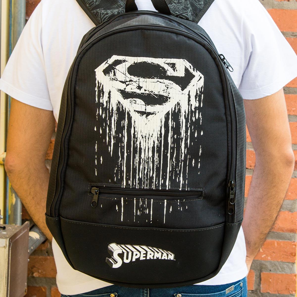 Mochila Superman Steel Melting