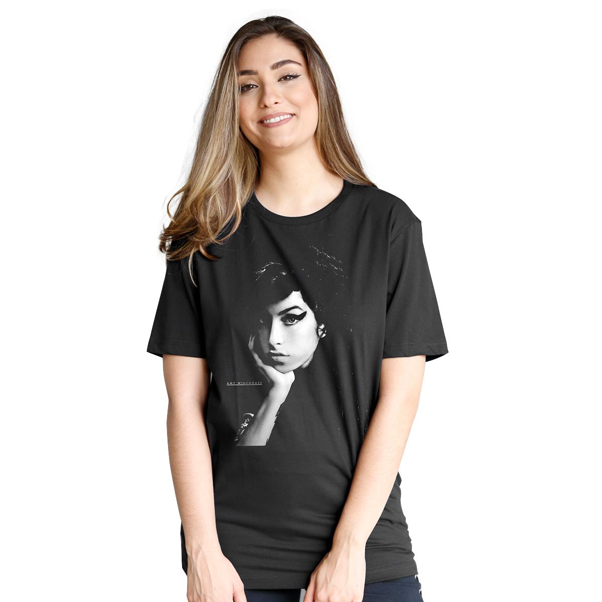 T-Shirt Feminina Amy Winehouse Black & White