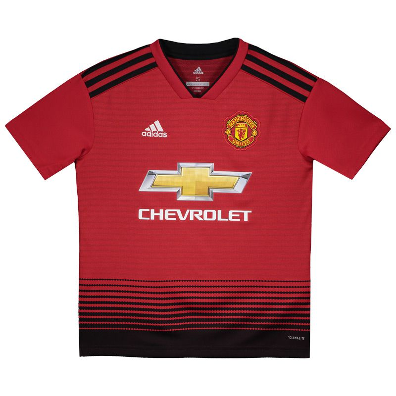 adidas and Man United celebrate 140 years of United with