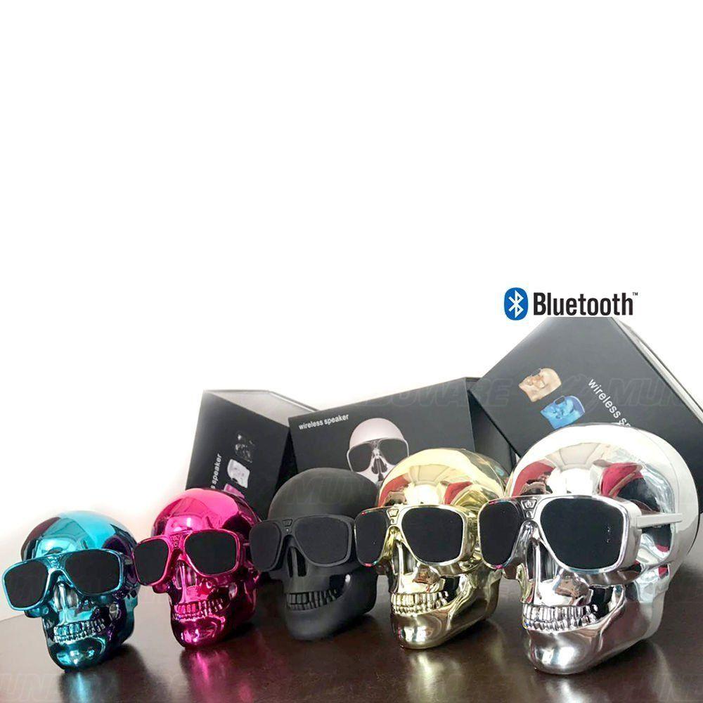Caixa De Som Bluetooth 10W RMS com 2 Alto-Falantes + 1 Subwoofer e Bateria Recarregável Caveira Skull Rosa Metálico