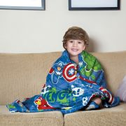 Manta Fleece de Sofa Avengers 1,25m x 1,50m Lepper