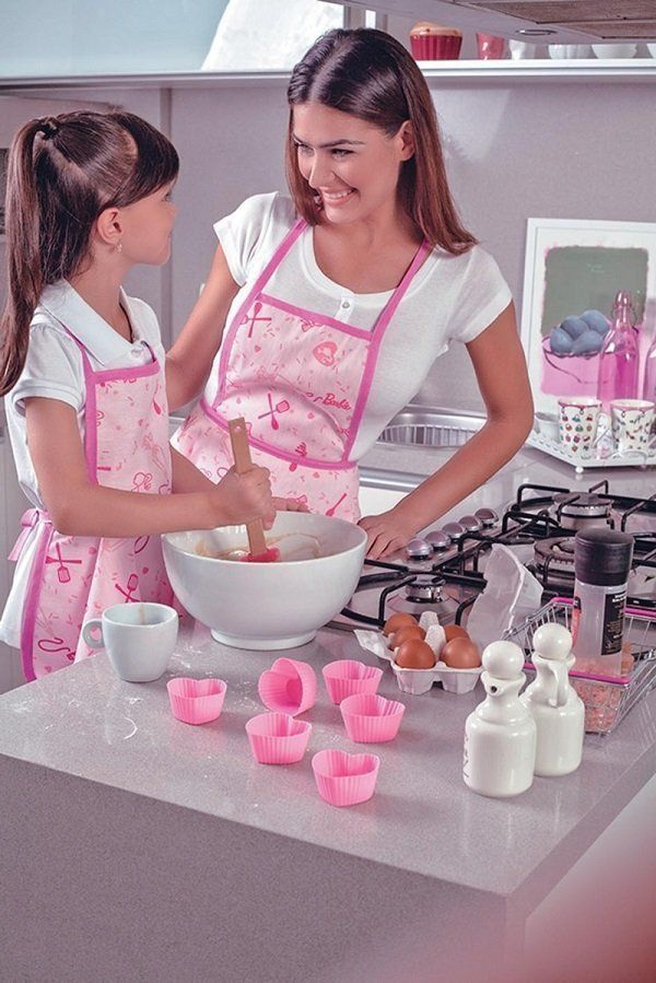 Avental Infantil Estampado Barbie Chef M Com 1 peca